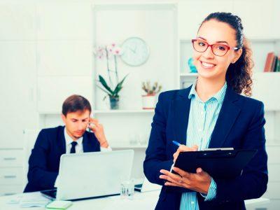 Asistente en gestión de negocios (Próximamente)